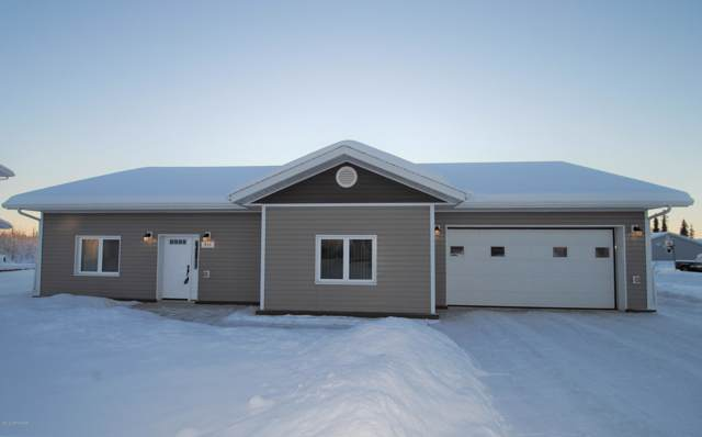 451 Spence Avenue, Fairbanks, AK 99701 (MLS #19-19362) :: Wolf Real Estate Professionals
