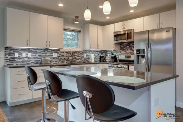4146 Checkmate Drive, Anchorage, AK 99508 (MLS #19-7927) :: Core Real Estate Group