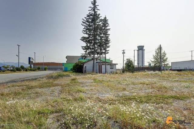 418 Unga Street, Anchorage, AK 99501 (MLS #20-11379) :: RMG Real Estate Network | Keller Williams Realty Alaska Group