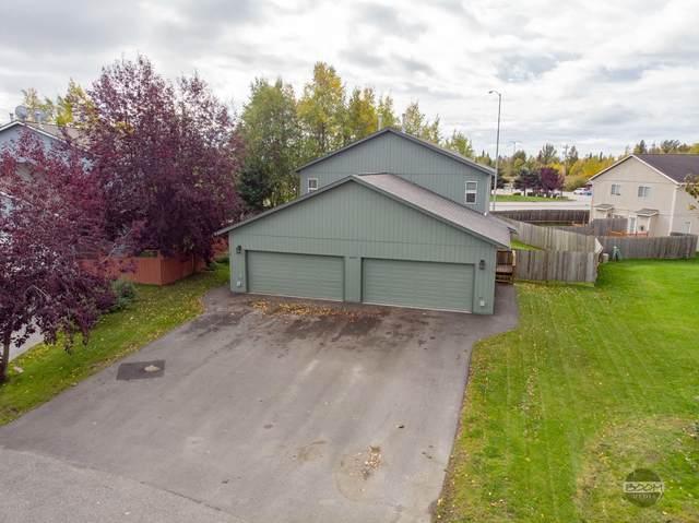 4040 Lakehurst Circle, Anchorage, AK 99502 (MLS #20-14710) :: The Adrian Jaime Group | Keller Williams Realty Alaska