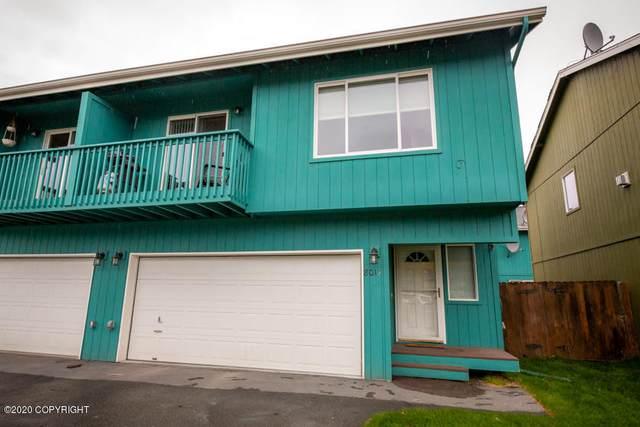 8017 Hillshire Court #13, Anchorage, AK 99504 (MLS #20-14964) :: Alaska Realty Experts