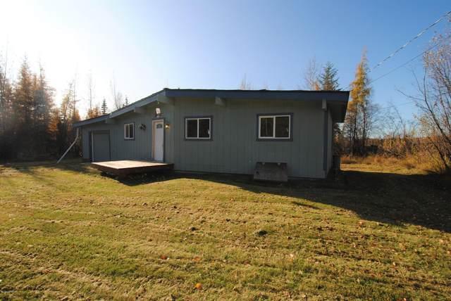 2829 Horseshoe Way, North Pole, AK 99705 (MLS #20-3222) :: RMG Real Estate Network | Keller Williams Realty Alaska Group