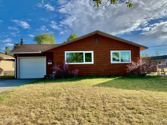 203 Bentley Drive, Fairbanks, AK 99701 (MLS #20-3581) :: Wolf Real Estate Professionals