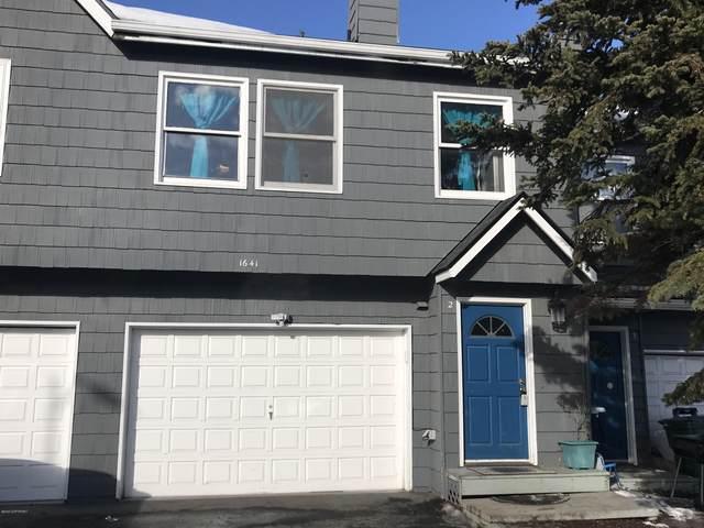 1641 Elcadore Drive #2, Anchorage, AK 99507 (MLS #20-4431) :: Roy Briley Real Estate Group