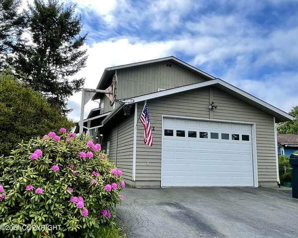 1512 Simeonoff Street, Kodiak, AK 99615 (MLS #21-10232) :: Alaska Realty Experts