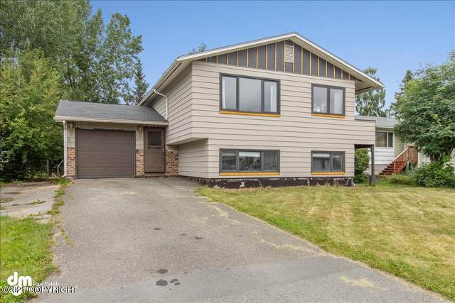 4931 E 5th Avenue, Anchorage, AK 99504 (MLS #21-12032) :: Daves Alaska Homes