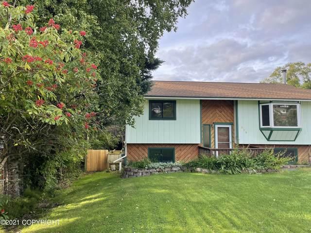 319 E Bayview Avenue, Homer, AK 99603 (MLS #21-14081) :: Berkshire Hathaway Home Services Alaska Realty Palmer Office