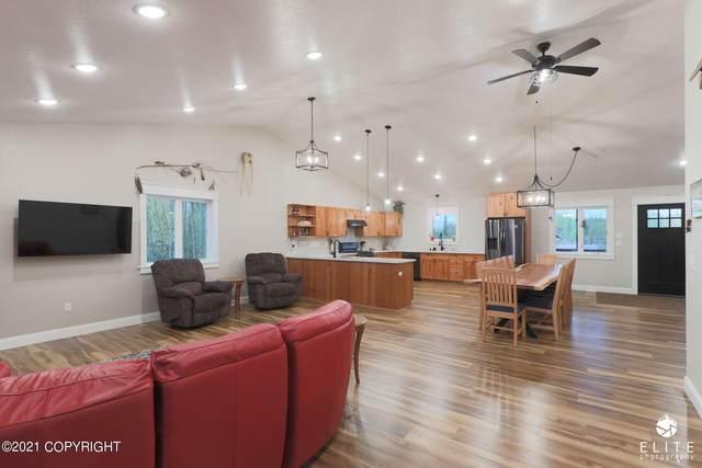11554 W Tofson Avenue, Big Lake, AK 99652 (MLS #21-14764) :: Wolf Real Estate Professionals