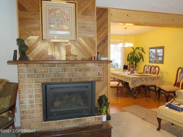 7441 Tangle Court, Anchorage, AK 99504 (MLS #21-2699) :: RMG Real Estate Network | Keller Williams Realty Alaska Group