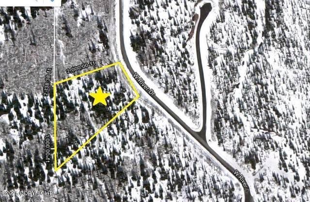 L4 B1 Cascades Drive, Eagle River, AK 99577 (MLS #21-3167) :: Daves Alaska Homes