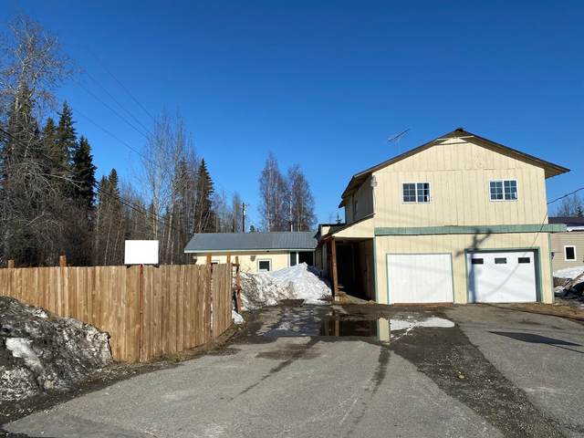 709 Badger Road, North Pole, AK 99705 (MLS #21-3826) :: Wolf Real Estate Professionals