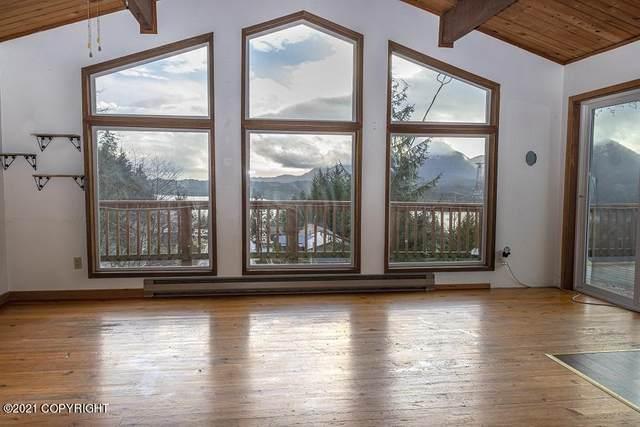 954 Monroe Street Street, Ketchikan, AK 99901 (MLS #21-698) :: Wolf Real Estate Professionals