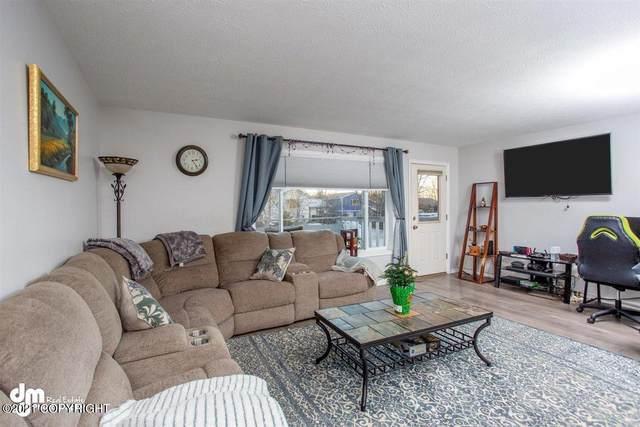 627 W Fern Avenue, Palmer, AK 99645 (MLS #21-8) :: Wolf Real Estate Professionals