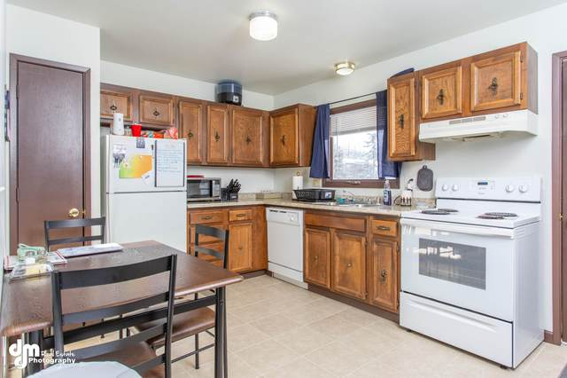 8212 E 2nd Avenue, Anchorage, AK 99504 (MLS #20-2498) :: Wolf Real Estate Professionals