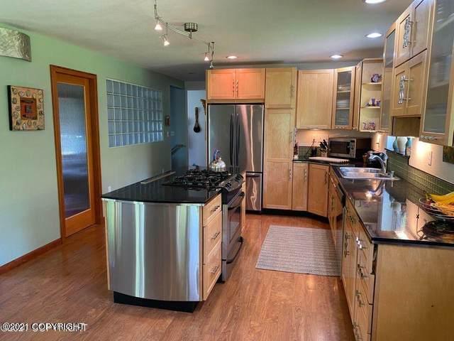 20534 Crabtree Street, Chugiak, AK 99567 (MLS #21-9073) :: Daves Alaska Homes