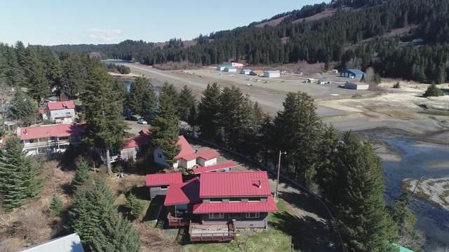 261 Shoreline Drive, Seldovia, AK 99663 (MLS #19-8828) :: Powered By Lymburner Realty