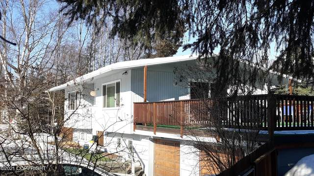 8011 Blackberry Street, Anchorage, AK 99502 (MLS #21-5295) :: RMG Real Estate Network | Keller Williams Realty Alaska Group