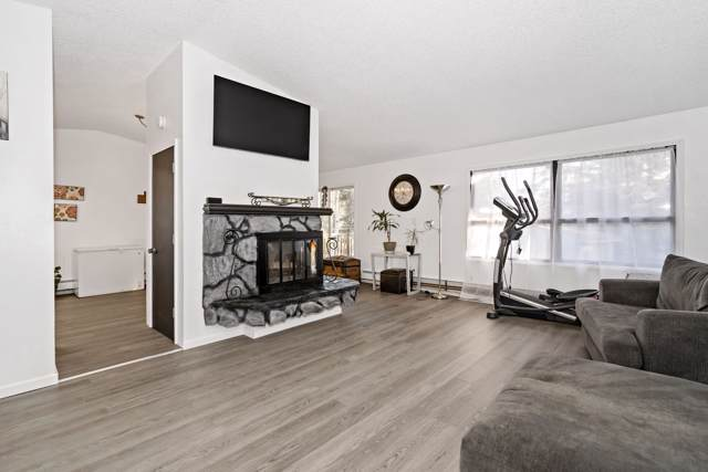 3223 Eastgate Place #305, Anchorage, AK 99504 (MLS #19-16667) :: Team Dimmick