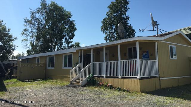 4110 Debar Road G-12, Anchorage, AK 99508 (MLS #17-12477) :: RMG Real Estate Experts