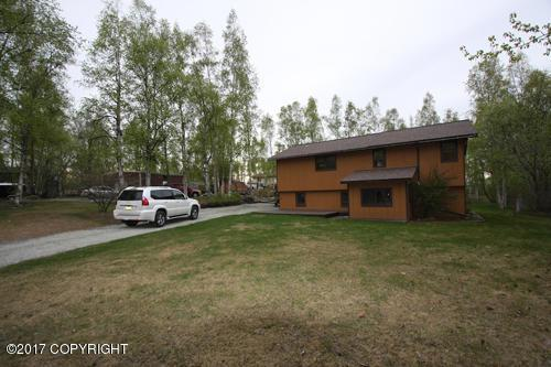 24449 Grace Street, Chugiak, AK 99567 (MLS #17-13912) :: RMG Real Estate Experts