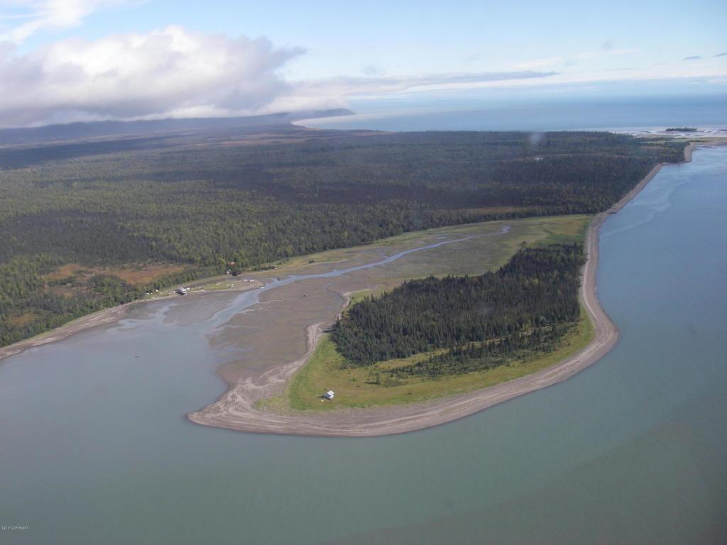 L2 Tuxedni Bay - Photo 1