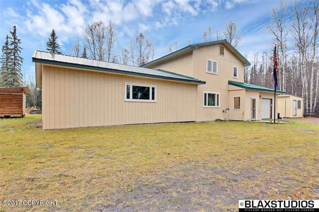 1969 Holmes Road, North Pole, AK 99705 (MLS #17-17570) :: Northern Edge Real Estate, LLC