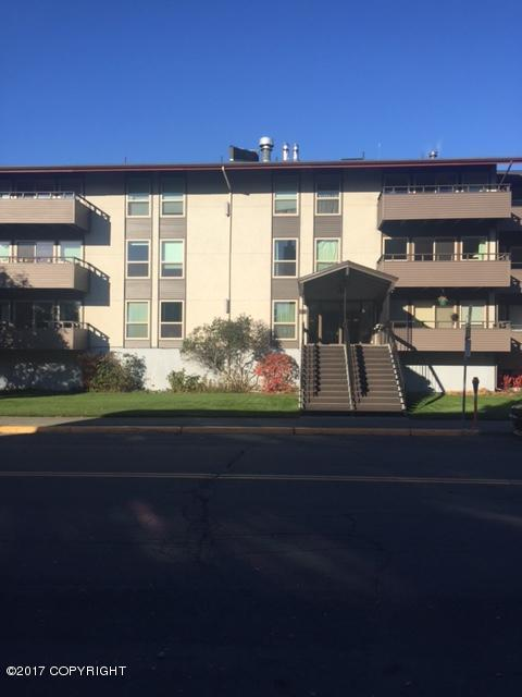 221 E 7th Avenue #212, Anchorage, AK 99501 (MLS #17-17577) :: Channer Realty Group