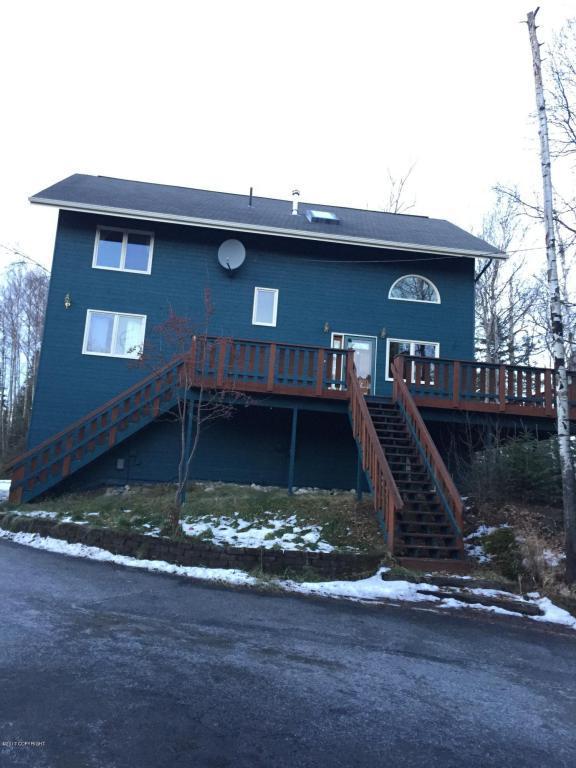 2830 N Brennas Way, Wasilla, AK 99654 (MLS #17-19765) :: RMG Real Estate Experts