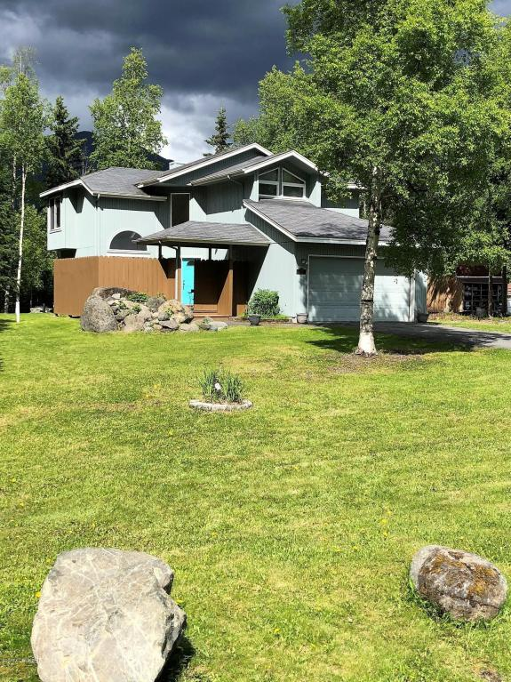 20839 River Park Drive, Eagle River, AK 99577 (MLS #18-10139) :: Core Real Estate Group