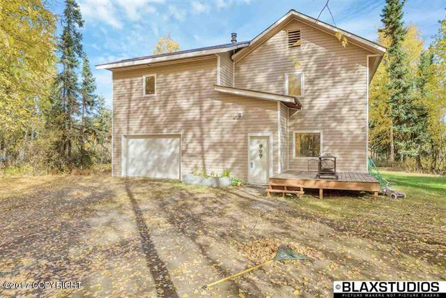 2348 Old Richardson Highway, North Pole, AK 99705 (MLS #18-1058) :: Channer Realty Group