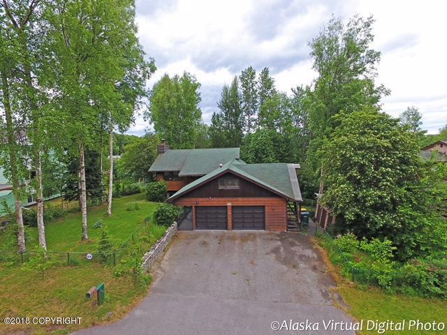 1408 W 47th Avenue, Anchorage, AK 99503 (MLS #18-10694) :: Northern Edge Real Estate, LLC