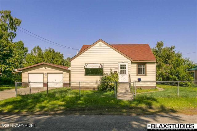 1022 4th Avenue, Fairbanks, AK 99701 (MLS #18-10792) :: Channer Realty Group