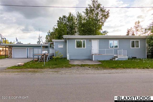 1708 Mary Ann Street, Fairbanks, AK 99701 (MLS #18-10793) :: Channer Realty Group