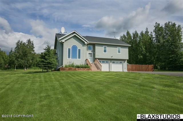 1212 Saint Anton Drive, Fairbanks, AK 99712 (MLS #18-12336) :: Real Estate Brokers of Alaska
