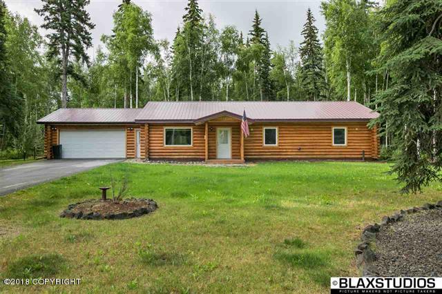 2961 Maurice Avenue, North Pole, AK 99705 (MLS #18-12406) :: Real Estate Brokers of Alaska