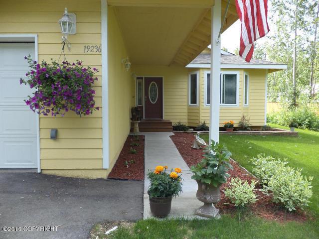 19236 Jerry Avenue, Chugiak, AK 99567 (MLS #18-12522) :: Northern Edge Real Estate, LLC