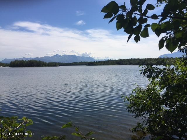 1601 N Shoreline Drive, Wasilla, AK 99654 (MLS #18-12638) :: RMG Real Estate Network | Keller Williams Realty Alaska Group