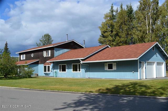 4910 Palo Verde Avenue, Fairbanks, AK 99709 (MLS #18-14176) :: Team Dimmick