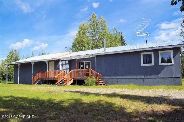 5844 Maggie Drive, Salcha, AK 99714 (MLS #18-14531) :: Northern Edge Real Estate, LLC