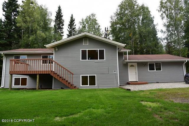 292 Henderson Road, Fairbanks, AK 99709 (MLS #18-14644) :: Alaska Realty Experts