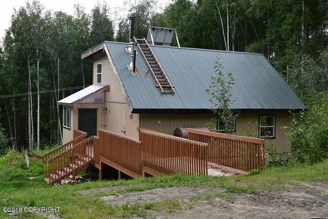 1496 Watson Road, Fairbanks, AK 99709 (MLS #18-14651) :: Northern Edge Real Estate, LLC