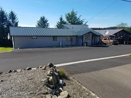 603 Ocean View Drive, Craig, AK 99921 (MLS #18-14925) :: Team Dimmick