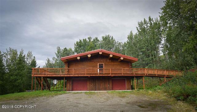120 Sunrise Drive, Fairbanks, AK 99712 (MLS #18-15660) :: Core Real Estate Group