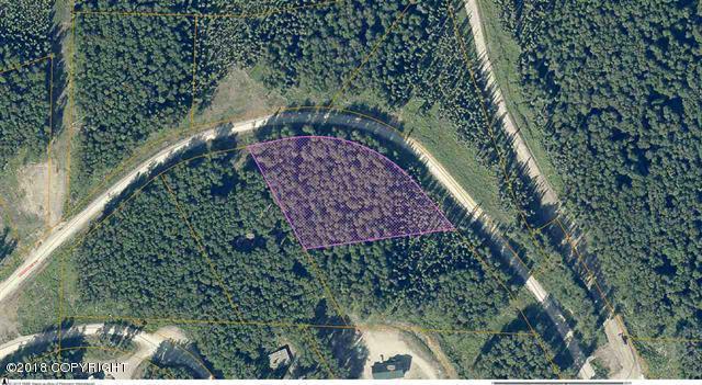 L3 Crestline Drive, Fairbanks, AK 99712 (MLS #18-15763) :: Core Real Estate Group