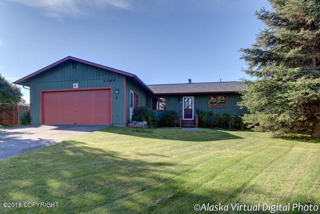 1360 W 77th Avenue, Anchorage, AK 99518 (MLS #18-15917) :: Northern Edge Real Estate, LLC