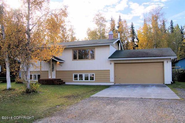 2058 Bridgewater Drive, Fairbanks, AK 99709 (MLS #18-15978) :: Northern Edge Real Estate, LLC