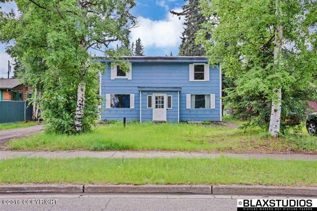 515 Farewell Avenue, Fairbanks, AK 99701 (MLS #18-16035) :: Team Dimmick