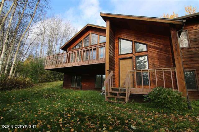 450 Valley View, Fairbanks, AK 99712 (MLS #18-16582) :: Core Real Estate Group