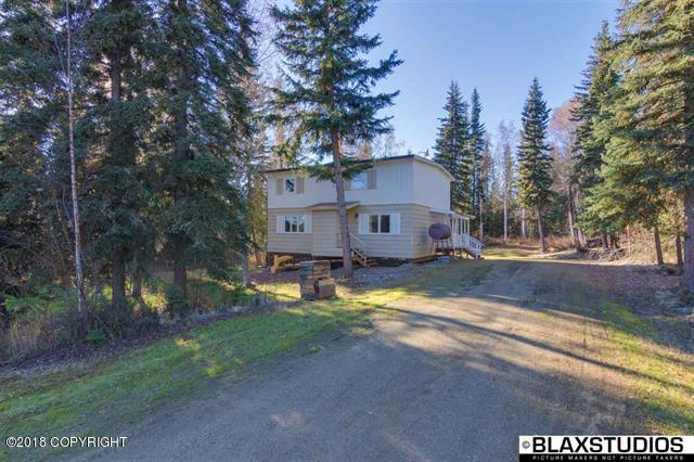 463 Jeannette Way, Fairbanks, AK 99709 (MLS #18-17095) :: Core Real Estate Group