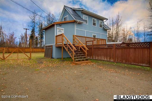637 22nd Avenue, Fairbanks, AK 99701 (MLS #18-18100) :: RMG Real Estate Network | Keller Williams Realty Alaska Group
